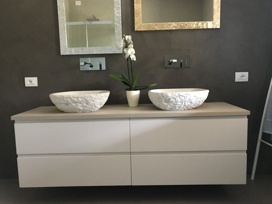 lavabi-in-biancone-spuntatospazzolato